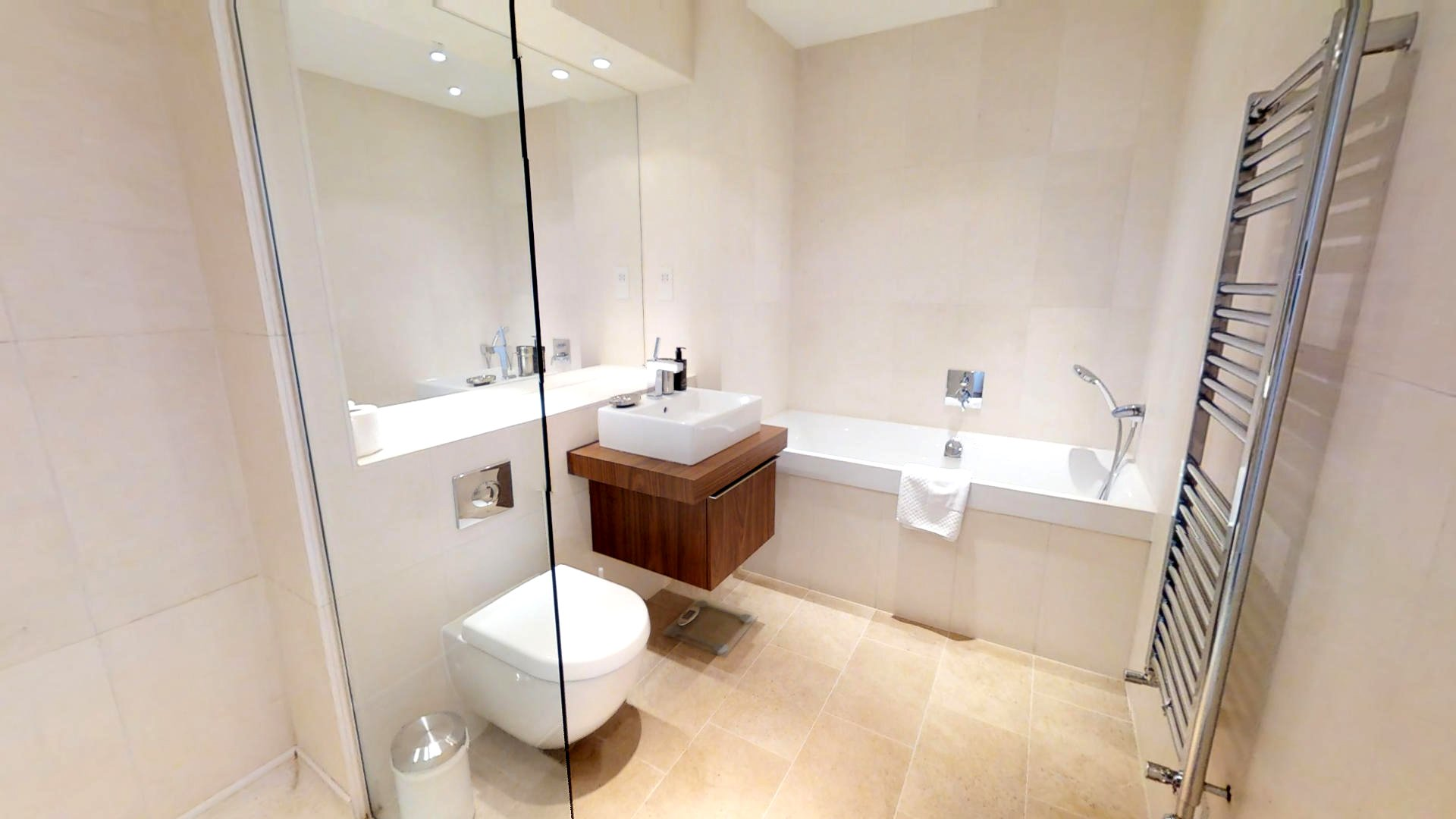 Accordia luxury bathroom