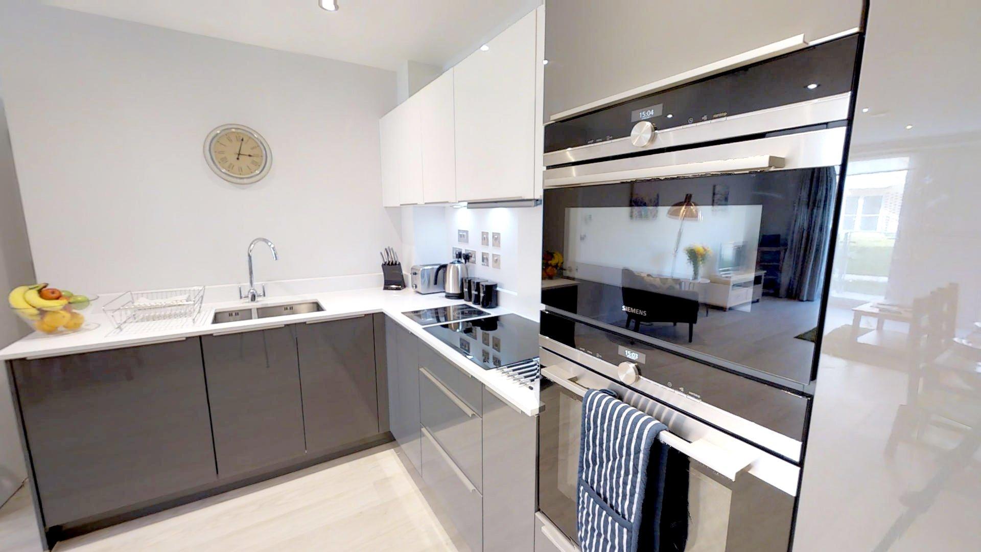Vesta one bed kitchen