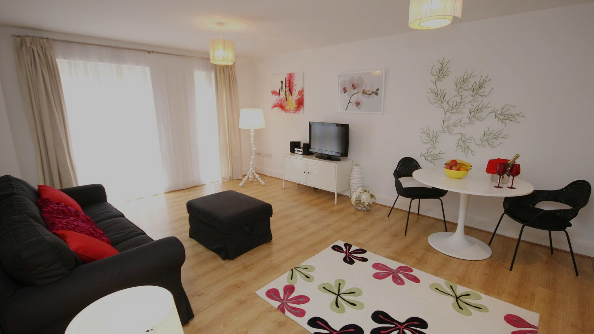 Pepys court - a one bedroom apartment in central Cambridge via Signet Apartments.