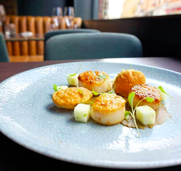 A plate of scallops from Trinity Cambridge
